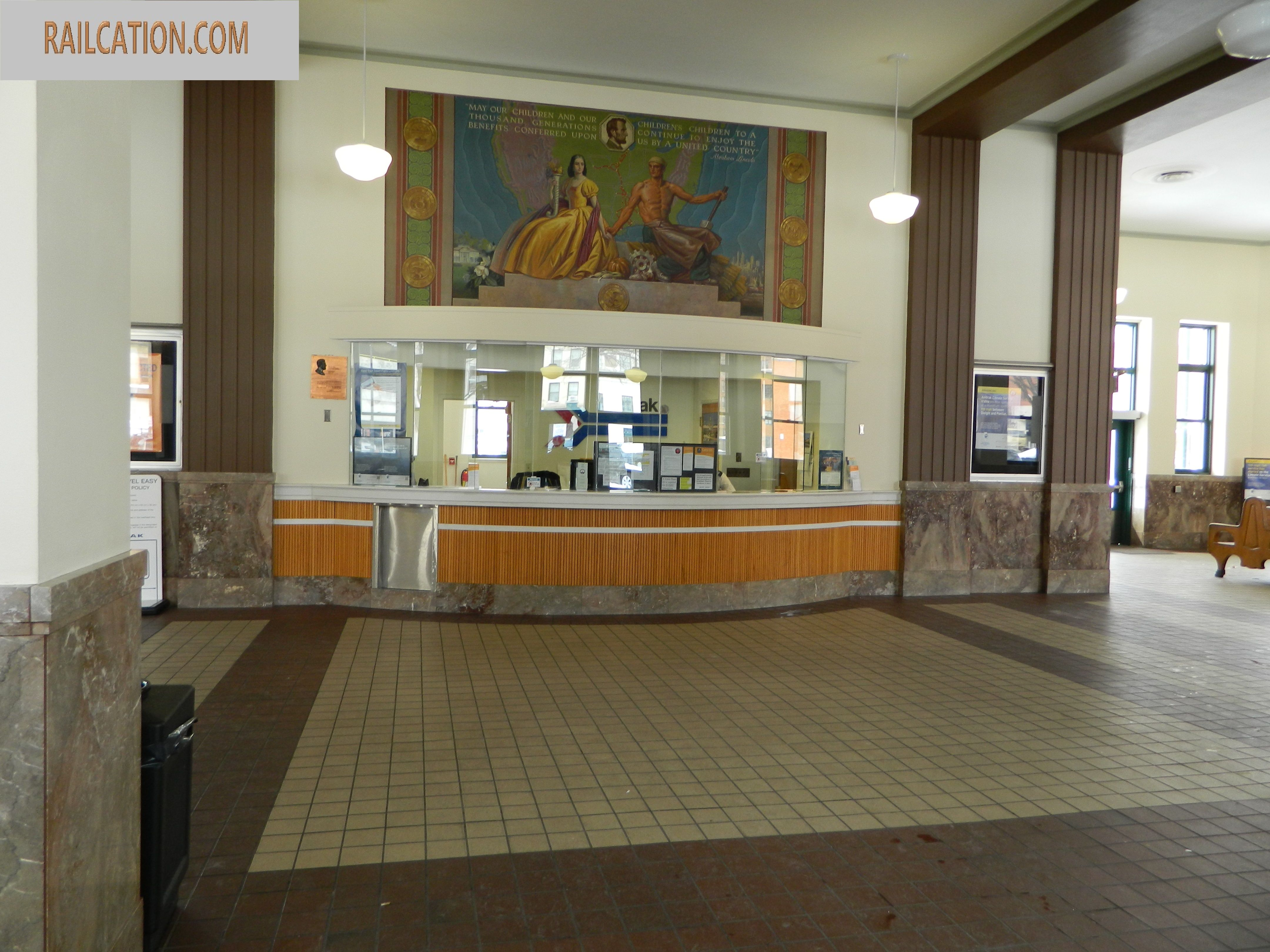 Springfield Amtrak lobby Lincoln Station