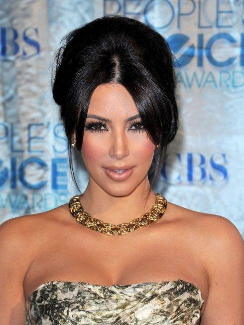 Kim Kardashian Updo Hairstyle 490x652 Kim Kardashian Hairstyles