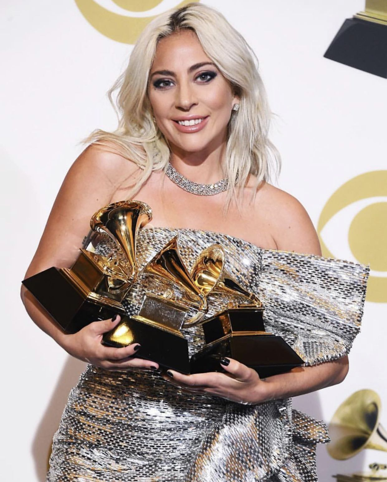 Lady Gaga With Her 3 Grammys 2019 Lady Gaga Song Lady