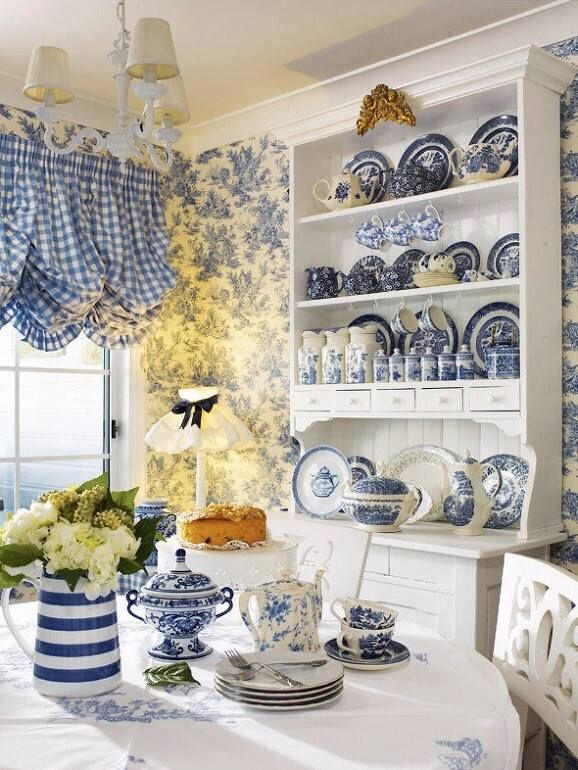 blue and white cottage dining room - White and blue - Shabby Chic - shabby chic küche