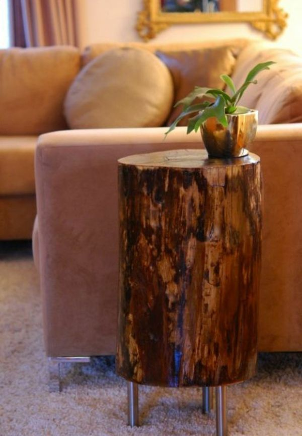 holzklotz als beistelltisch energiemakeovernop. Black Bedroom Furniture Sets. Home Design Ideas