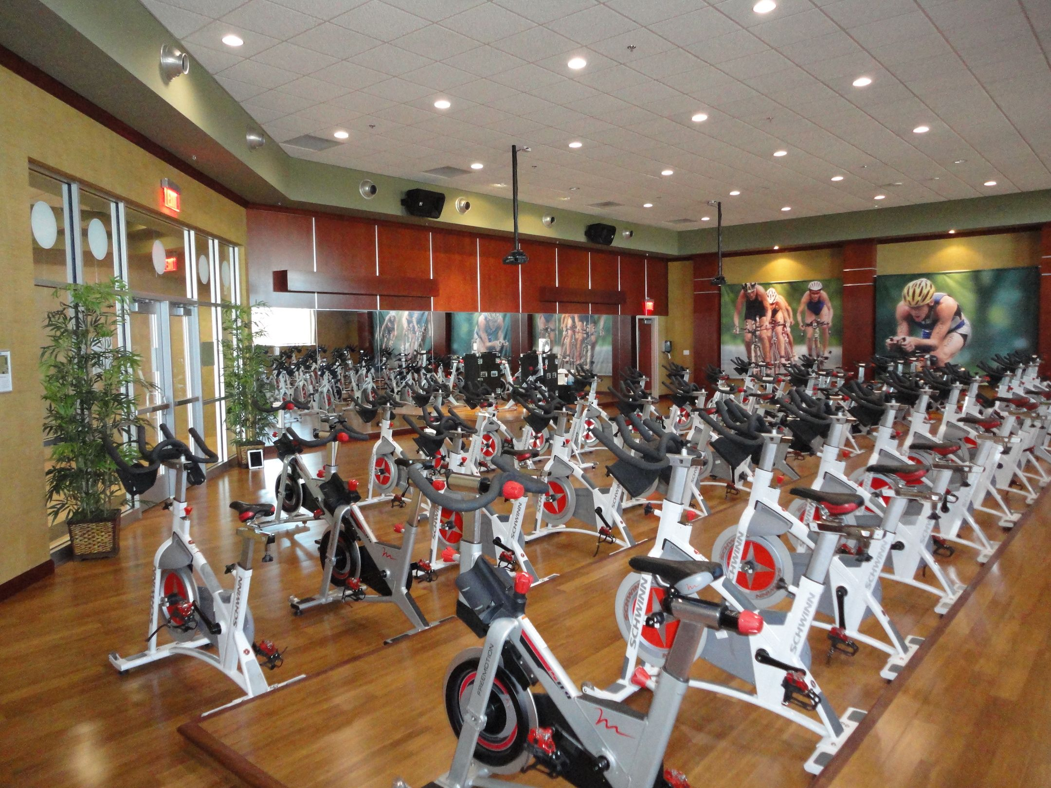Emanuelson Podas Fitness Center Design Life Time Fitness Cycling Classroom Inside A Life Time Fitness Loc Fitness Center Design Lifetime Fitness Indoor Spa