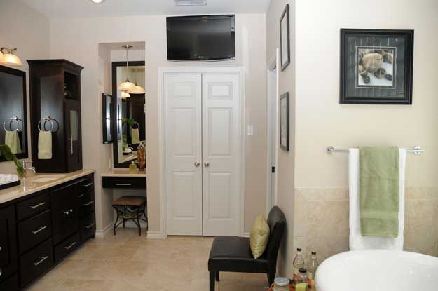 This Remodeled Bath Has All The Bells And Whistles Making It Worthy - Bathroom remodel lubbock
