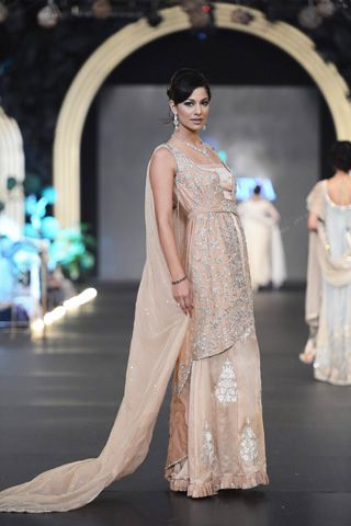 Nickie Nina Formal Bridal PFDC L'Oreal Paris Collection  #fashion #fashionweek #fashionevents #fashionweeks #fashionevent #fashionupdates http://www.fashioncentral.pk/pakistani/ramp/review-1216-nickie-nina-at-pfdc-loreal-paris-bridal-week-2013-day-2/complete-collection/