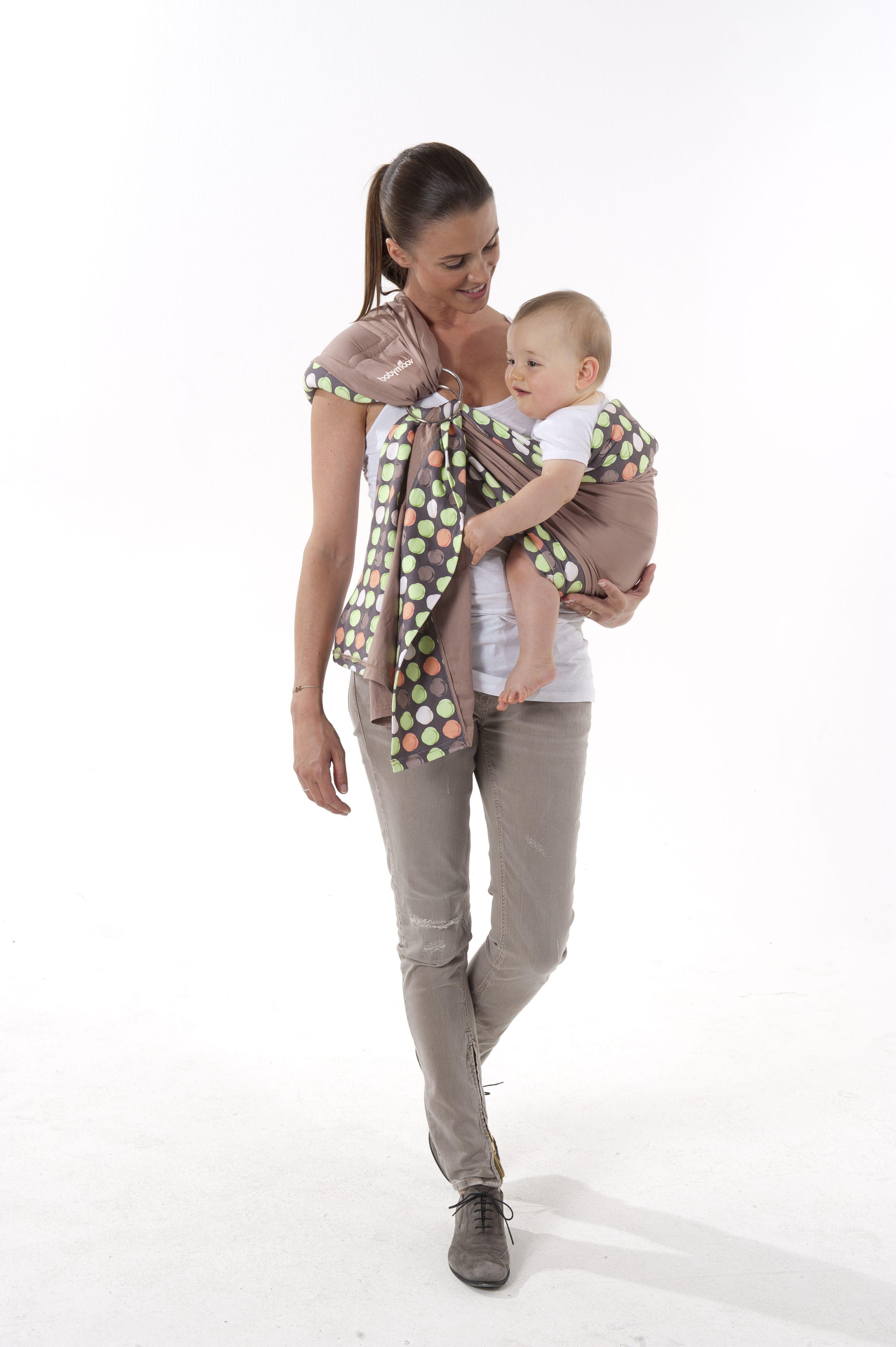 Porte-bébé écharpe anneau Babymoov - position - position sur la hanche bfd318dfd86