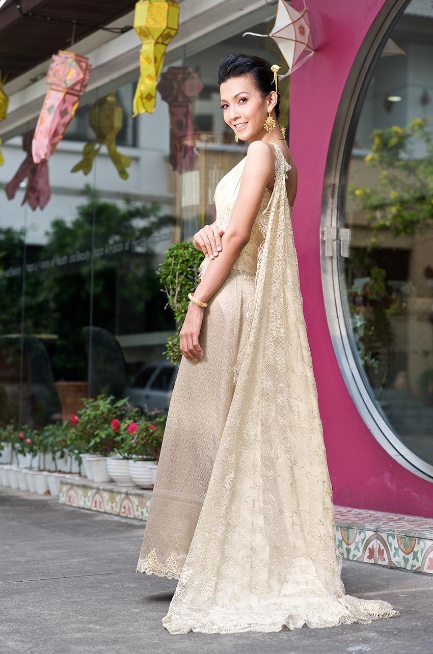 ชุดไทยโดย Ganit Thai traditional Wedding Dress by Ganit | Thai ...