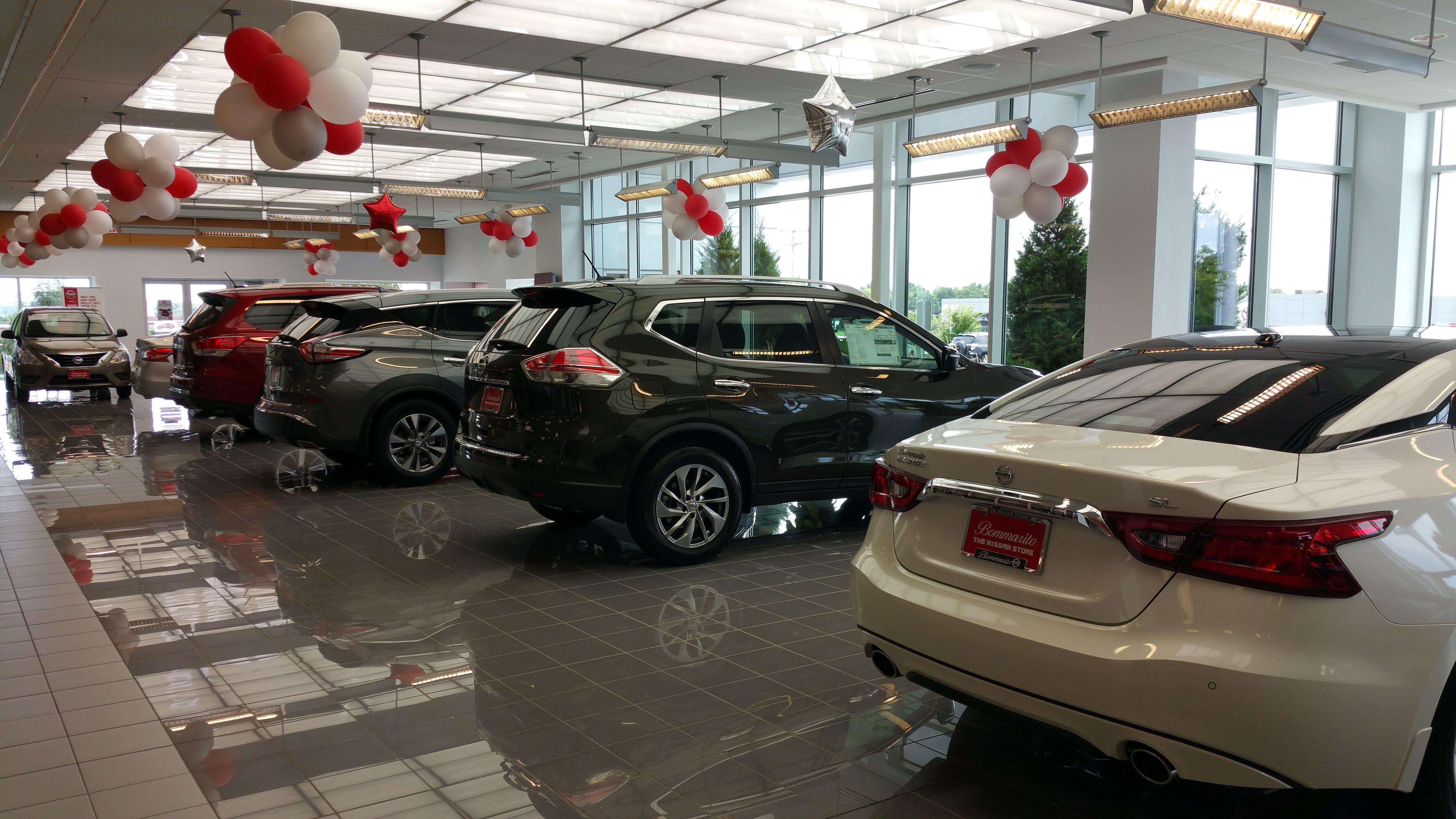 Bommarito Nissan West State of the art showroom located in West County in St. Louis, MO