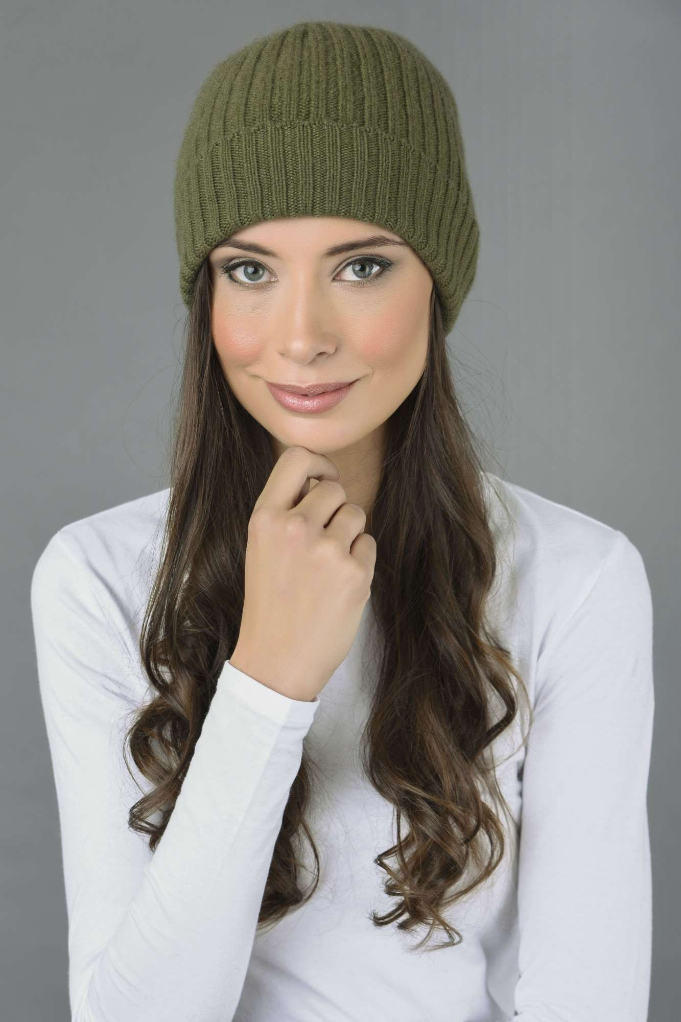 7218976a943 Pure Cashmere Fisherman Ribbed Beanie Hat in Loden Green Italy in Cashmere
