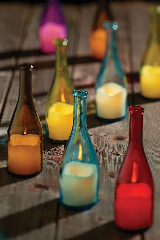 Utiliza botellas de colores y velas led para crear tus - Botellas con velas ...
