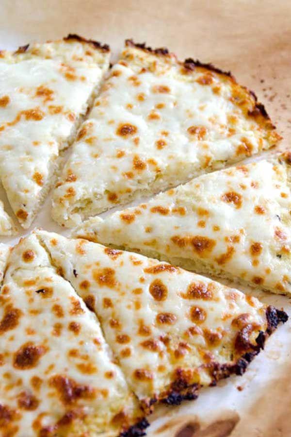 Cauliflower Pizza Crust Recipe - Cauliflower pizza crust has gained a huge popularity in the past f