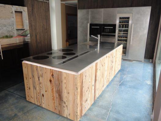 Descrizione: cucina composta da parete colonne INOX vintage (300 ...