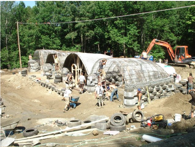 Very Cheap Earthship With Volted Ceilings Earthship Earthship
