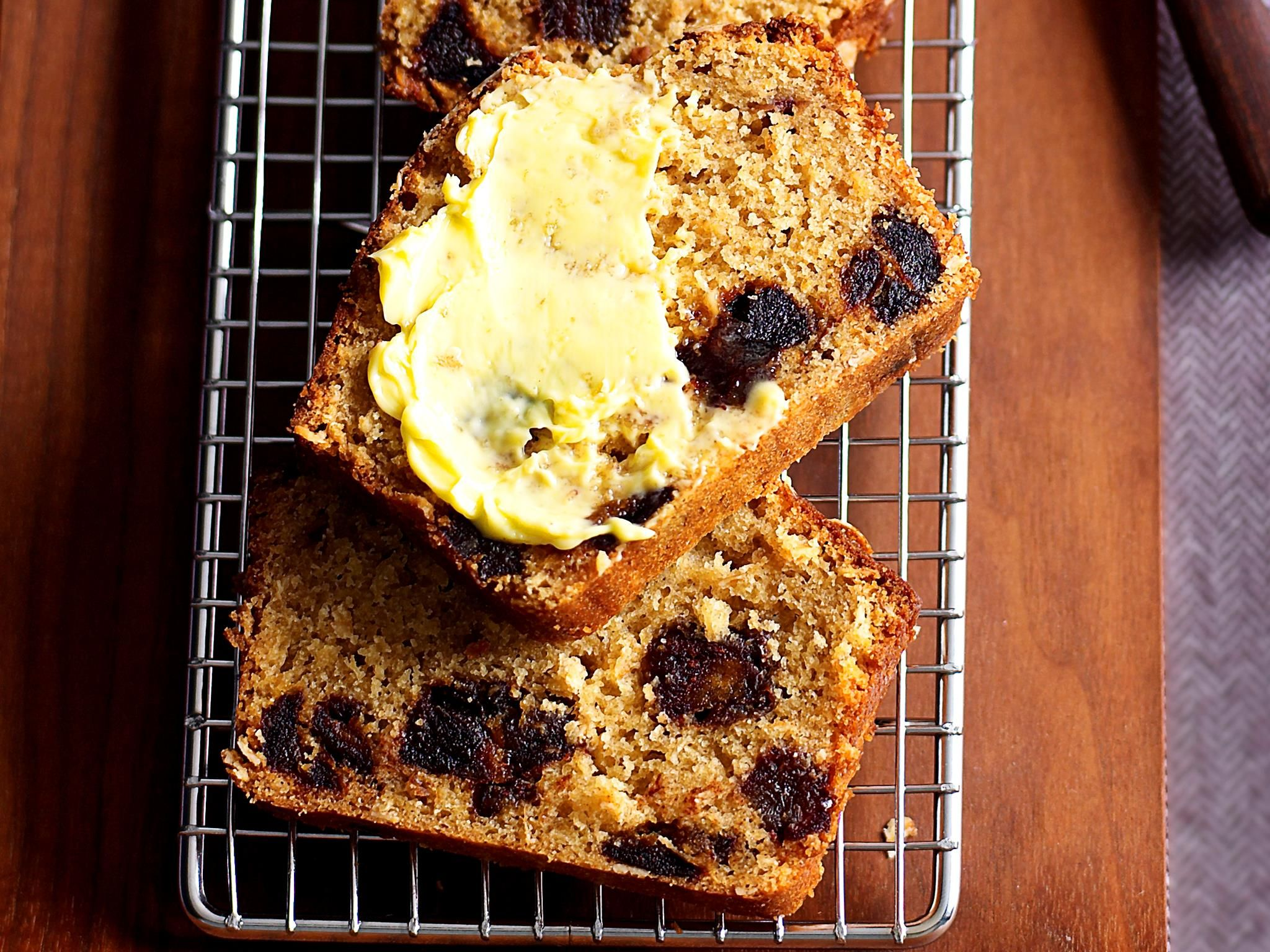 Date and oat loaf recipe date loaf everyday food and dates date and oat loaf oats recipe brought to you by everyday food forumfinder Images