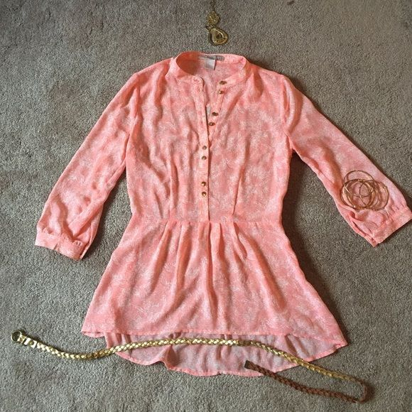 Pink paisley sheer blouse Paisley pink sheet blouse with buttons up the front. Loose fit chiffon type material. Peplum style. Super cute for spring. Perfect condition. Size small Forever 21 Tops Blouses