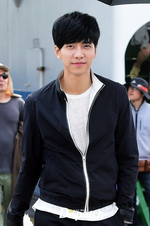 Lee Seung Gi Injured on the Set of You're All Surrounded ...