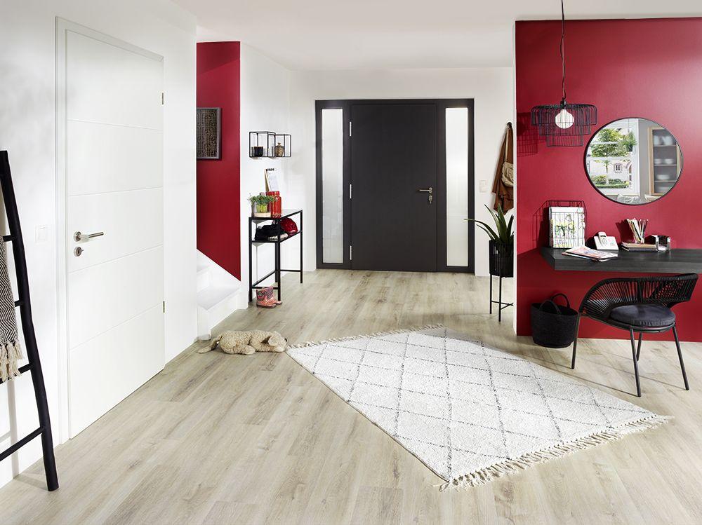 Studio3001 Fotografie Werbefotografie Flur Eingangsbereich Wandfarbe Rot Haustur Anthrazit Hausei In 2020 Werbefotografie Schlafzimmer Teppichboden Haus Deko