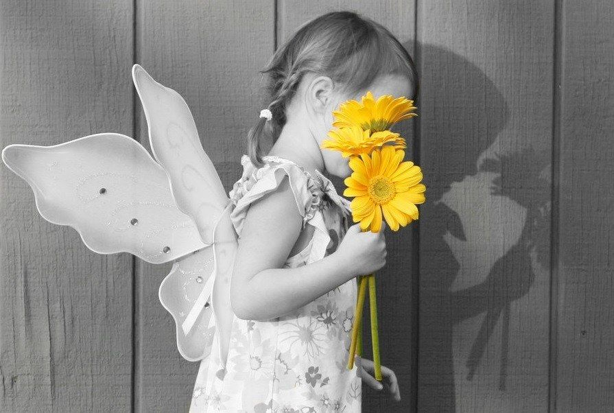 Pin By Maria Olvera On Colors For You Shadow Images Coloring For Kids Color Splash