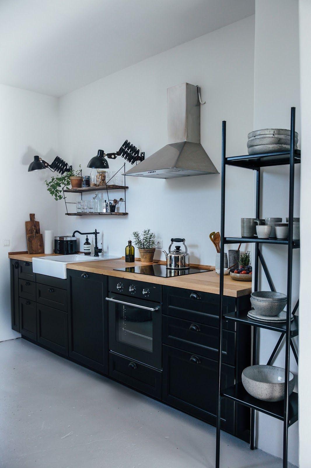 Photo of Cuisine de la semaine: une cuisine de campagne bricolage Ikea pour deux créateu…