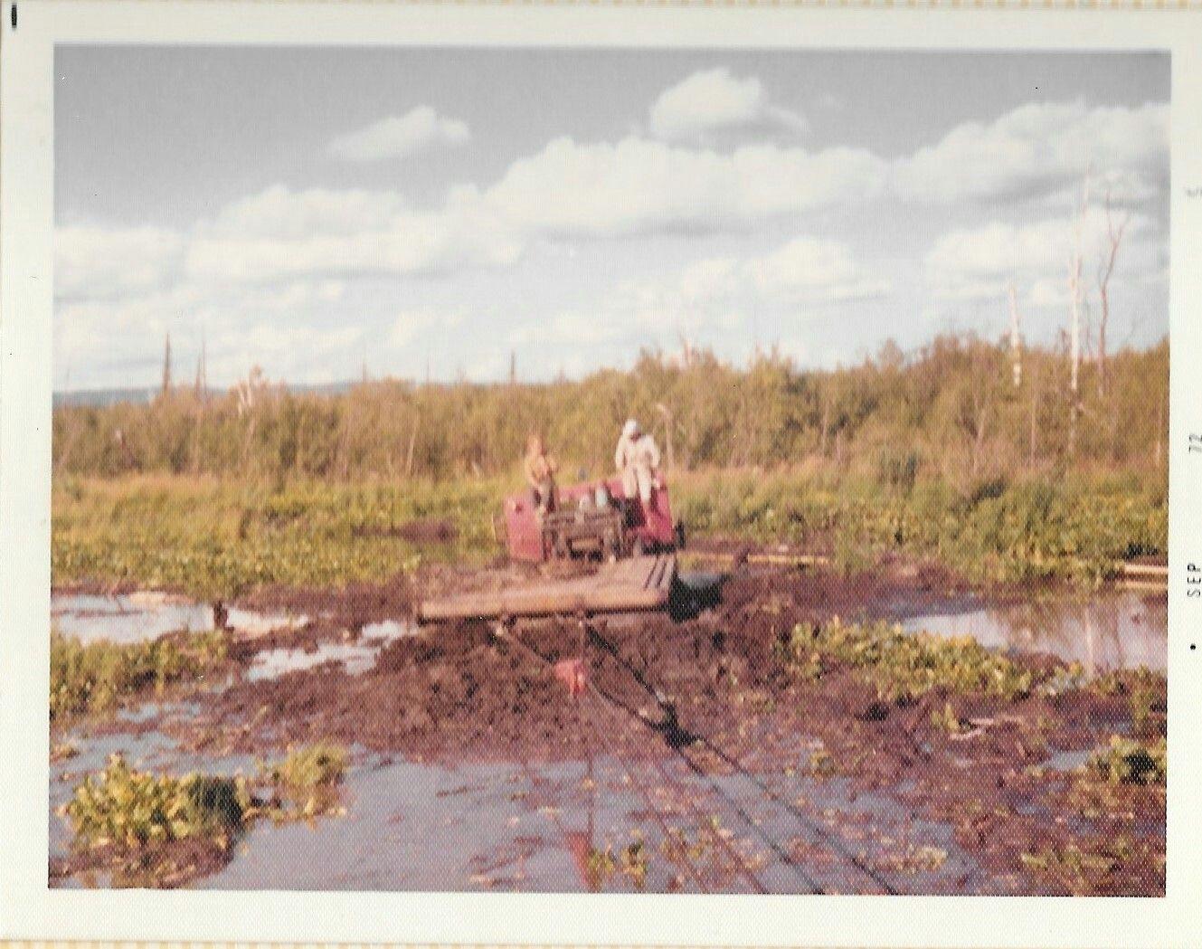 Nodwel recovery about 1970 Oilfield, Old trucks, Oil