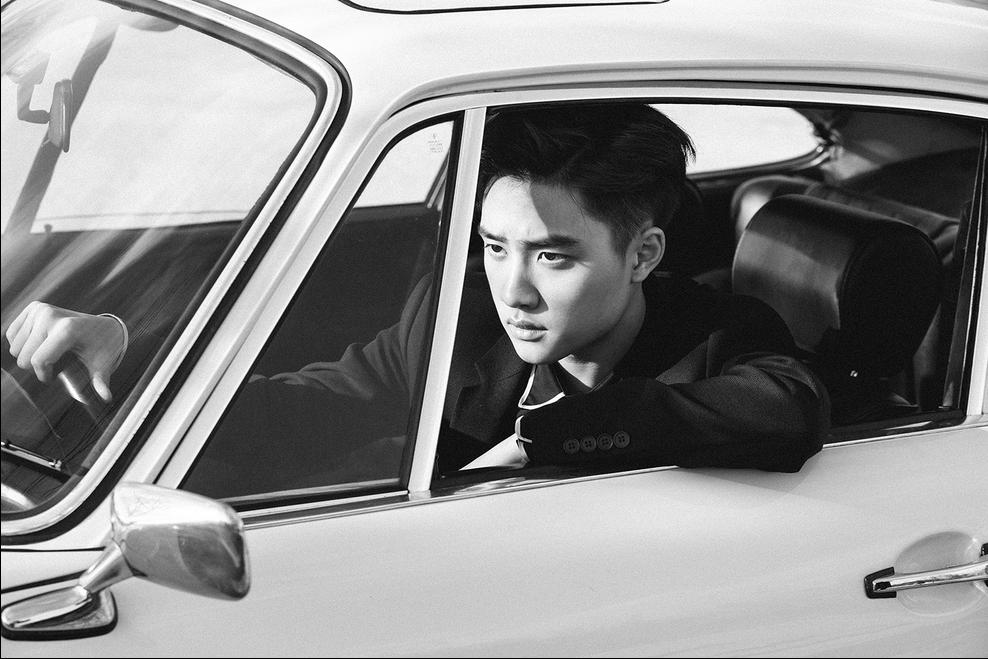 Kyungsoo dang so fine riving his car