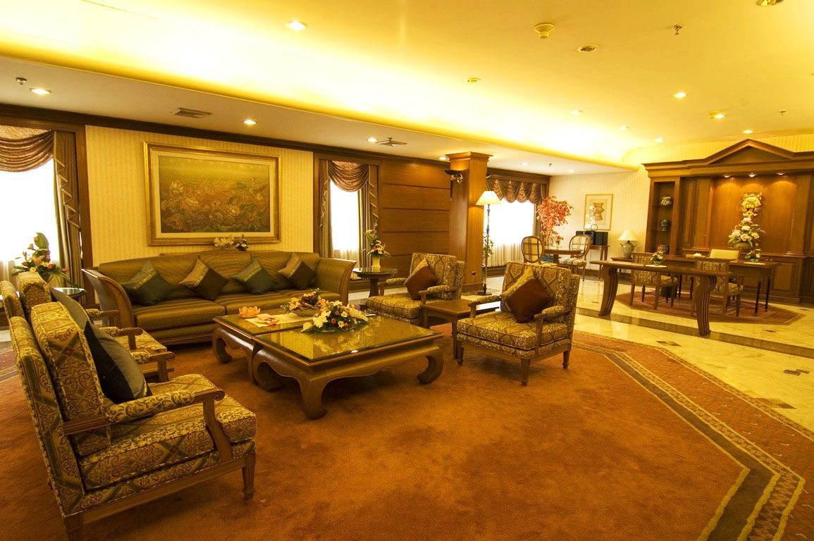 Luxury Living Room Decorating Luxurios Interiors Hotel Interior The Luxurious Of Chinese