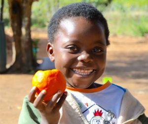 Teaching parents how to raise healthy, nourished children in Mozambique #PlanCanada