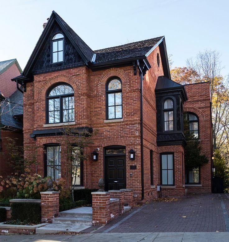 Best Red Brick And Black Shingles Home Fashion Mimari 640 x 480