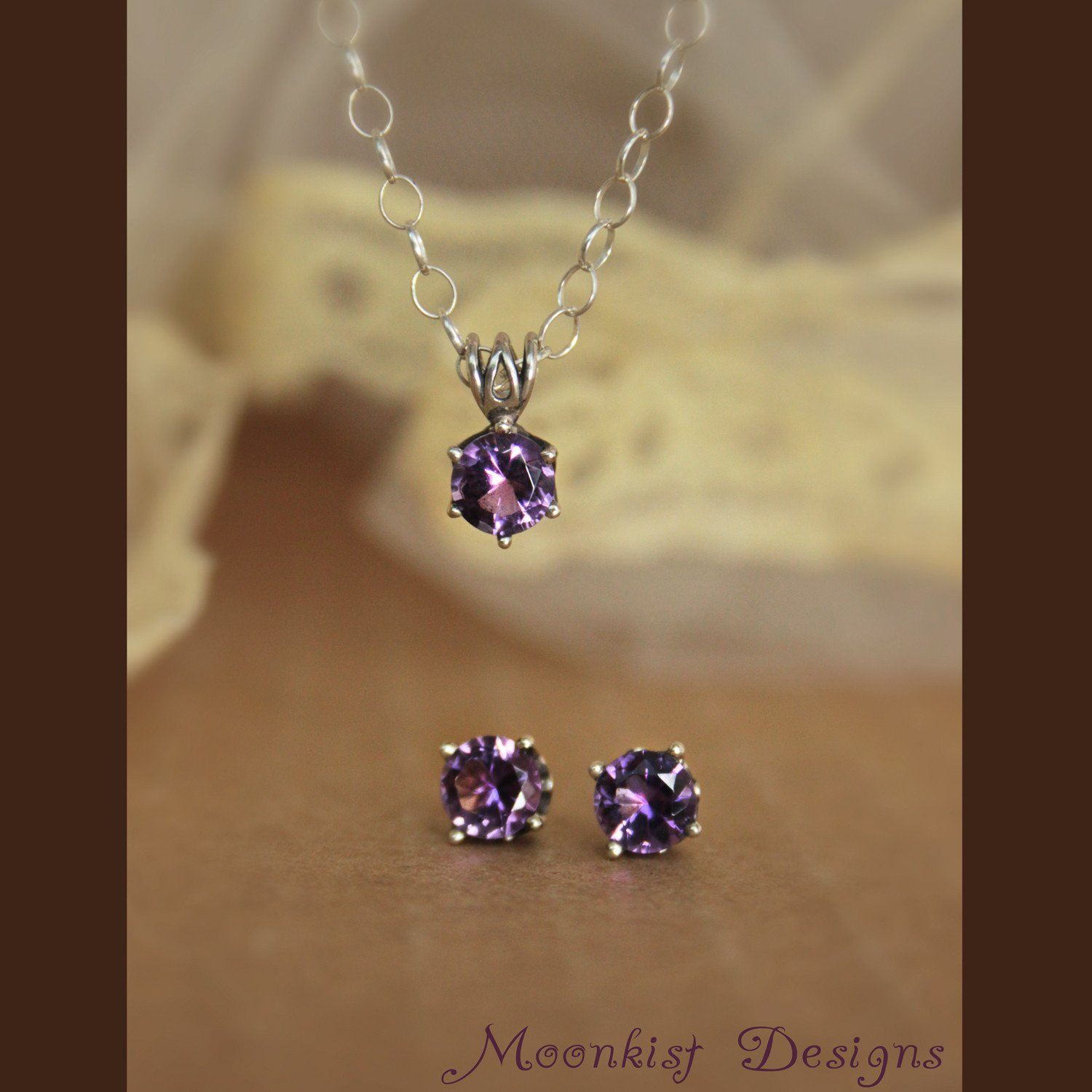 Purple amethyst silver filigree solitaire stud earrings and necklace