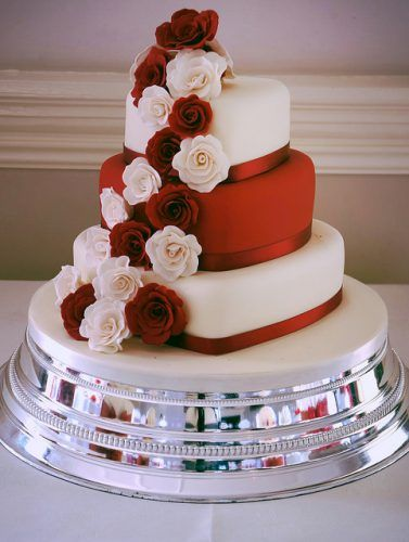 Pin by Rosa Ortegon on glasses | Wedding cakes, Wedding, Heart