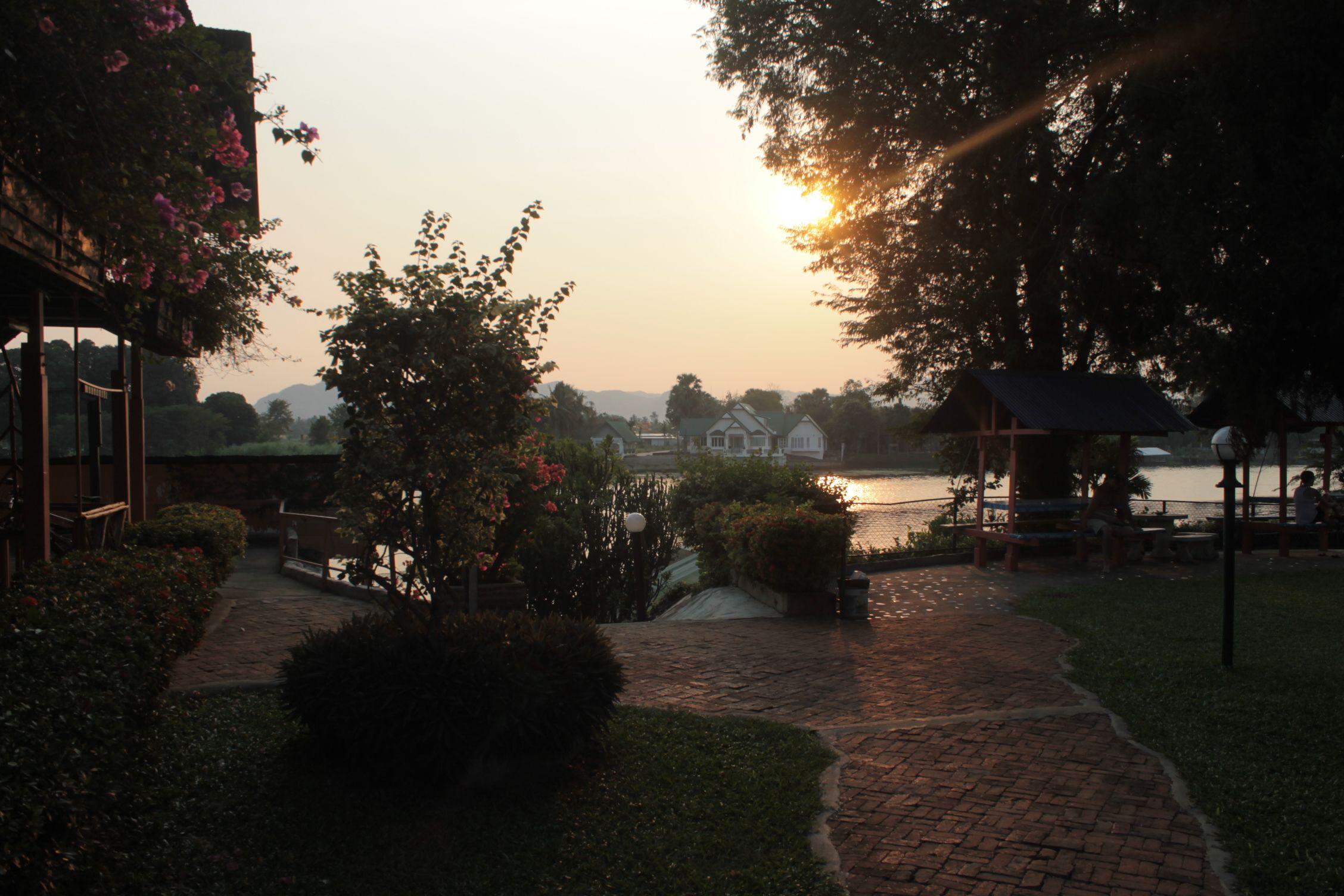 El jardín del hostal