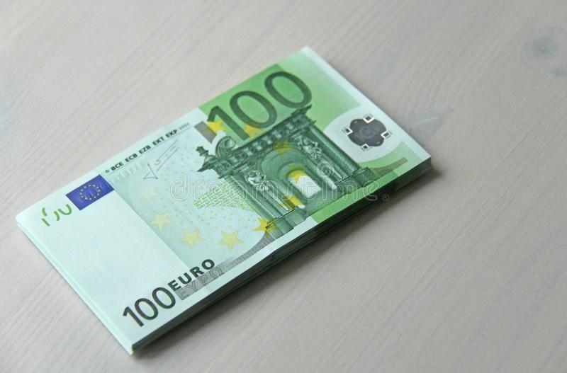 Money Photo Paper Banknotes Euro 100 Euro A Bundle Of Paper B Paper Banknote Ad Banknotes Euro Paper Money Photo Ad Bank Notes Euro Money