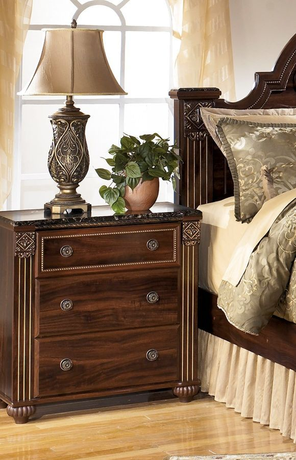 Gabriela Traditional Dark Brown Wood 3- Drawer Night Stand | mesas ...