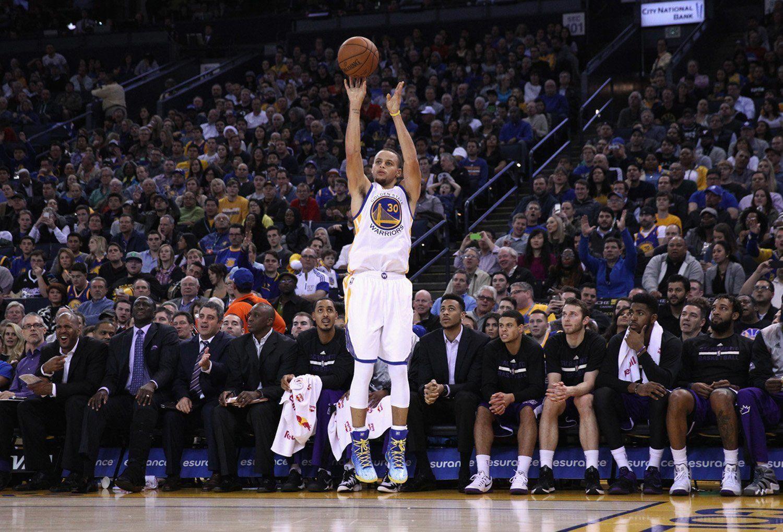 Basketball Ymca Basketballuniformbuilder Stephen Curry Photos Basketball Players Stephen Curry Shooting