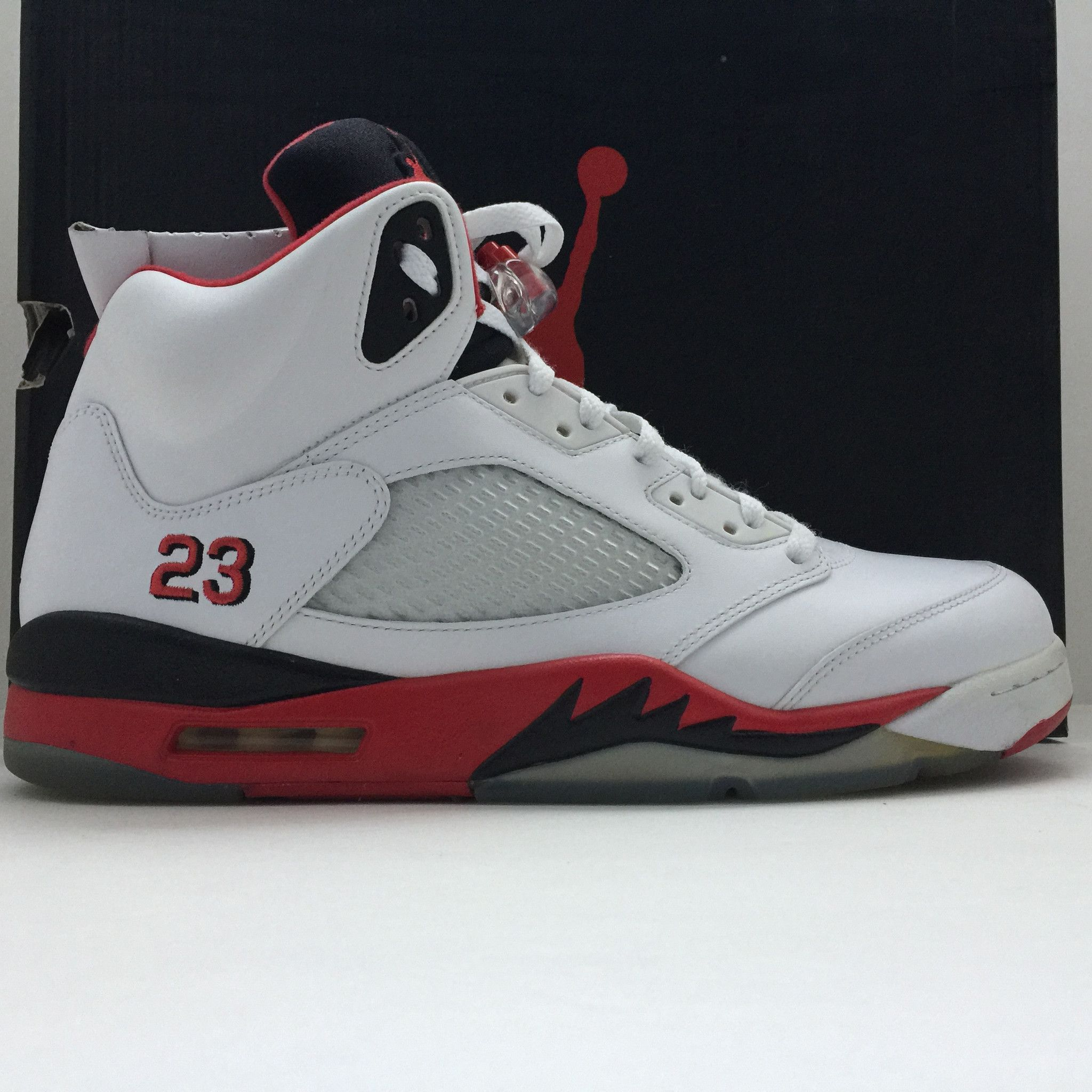 Retro Jordan Fire Red 5 Size 12