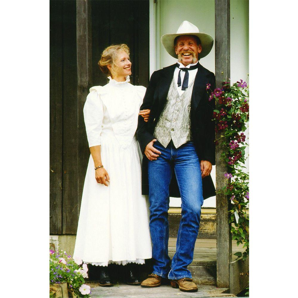 523df8d2fb09b89711561e2be45e0c5c - Western Wedding Attire For Mother Of The Groom