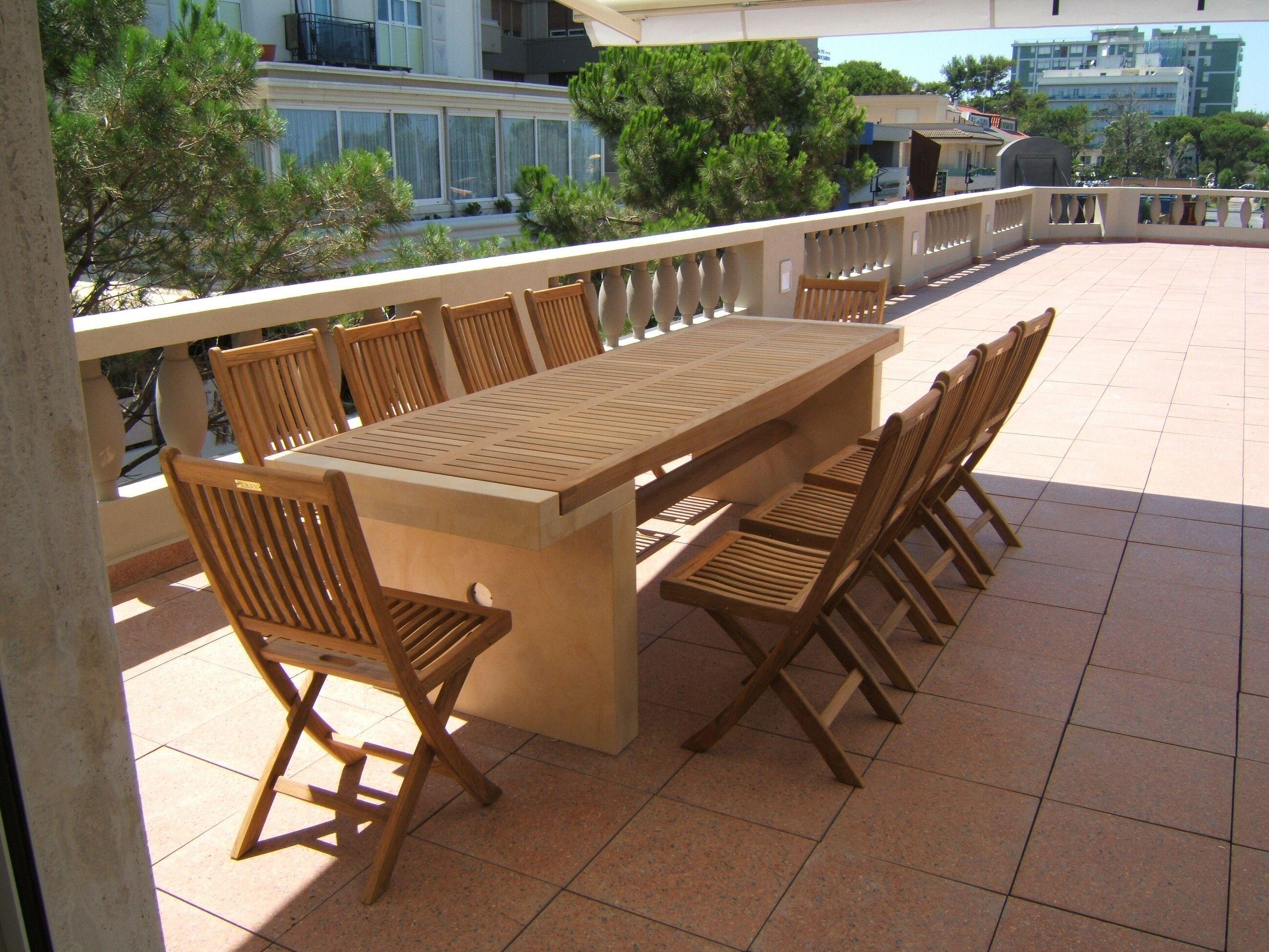 Tavolo Coloniale ~ Tavolo in legno in teak e pietra. #maestrifalegnami tavoli in