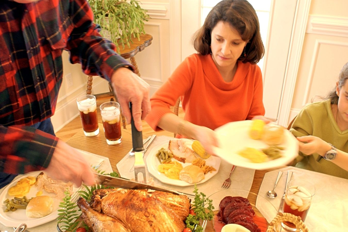 Simple Tips for Thanksgiving Entertaining in Small Spaces + Cook ...