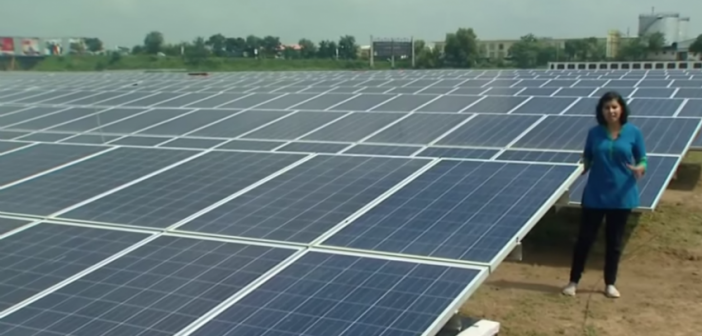 India Builds The First 100 Percent Solar Powered Airport In The World Most Efficient Solar Panels Solar Solar Power