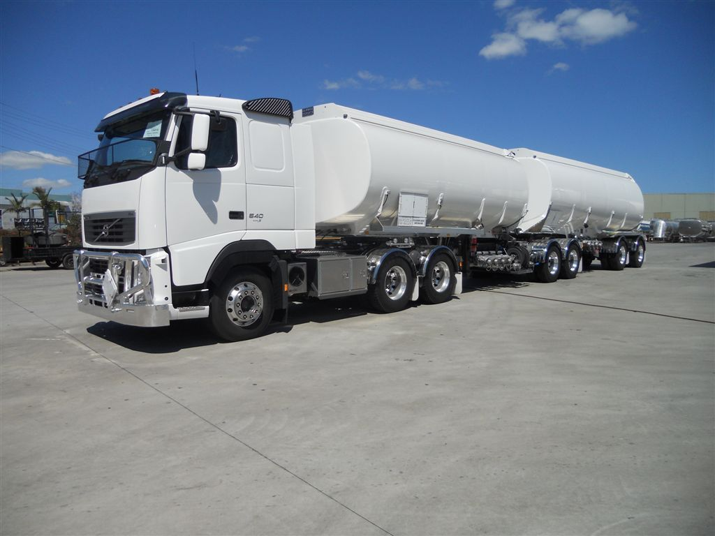 Australian B Double Petrol Tanker Trucks Pinterest Freight Truck Fuel Pump Road Train Volvo Rigs Transportation