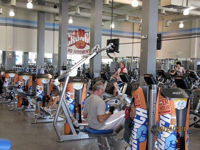 Crunch Gym Ca Hoist Fitness Crunch Gym No Equipment Workout
