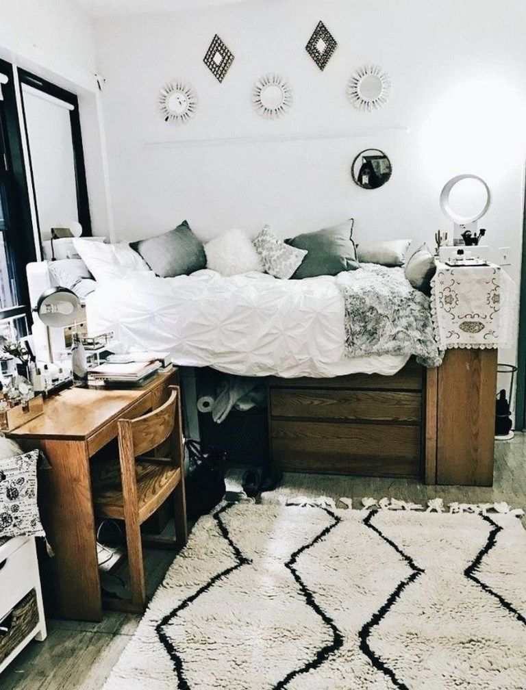 Awesome College Dorm Rooms: 82 Awesome College Bedroom Decor Ideas And Remodel 51