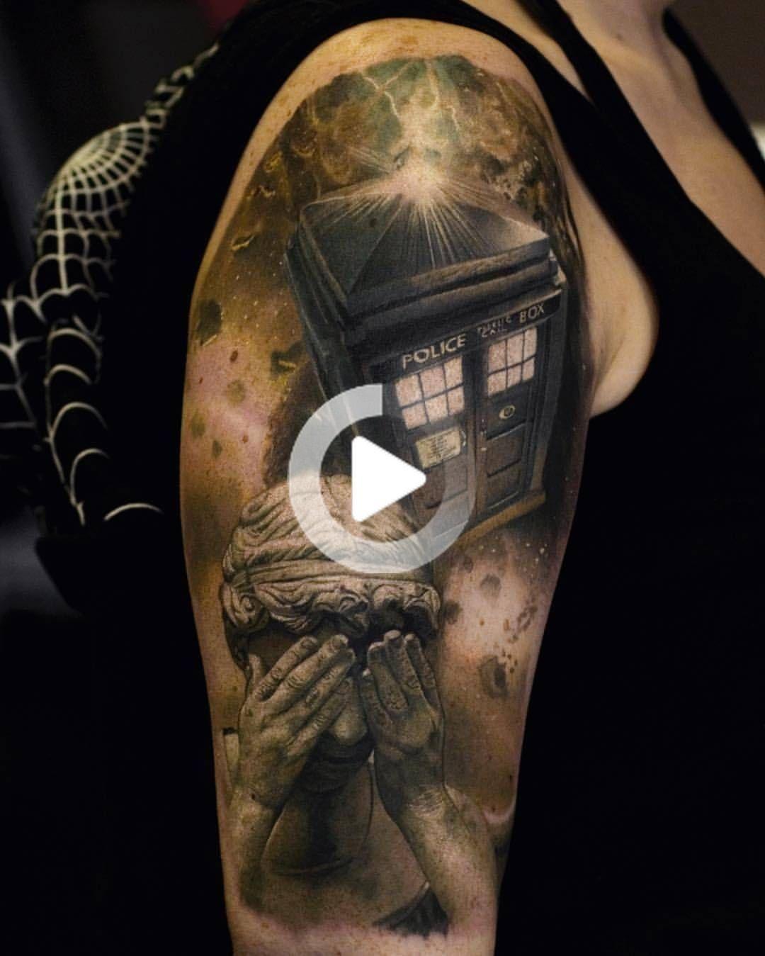 Doctor Who Manicotto Mezzo Del Tatuaggio Tardis Nello Spazio Weeping Angel Da Stefan Tattoos A Blackrainbowta Nel 2020 Tatuaggi Tatuaggi Carini Tatuaggi Doctor Who