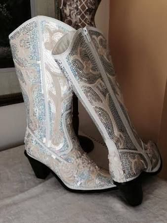 7fa82ce4fc544 white and silver womens cowboy boots - Google Search | A County Fair ...