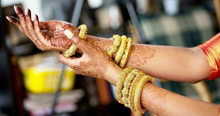 Henna Art By Praveena Henna Artists To Hire Pinterest Henna