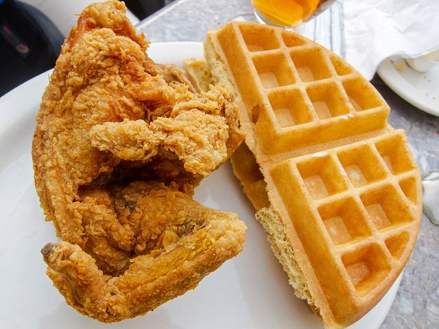Sylvias Fried Chicken And Waffles In 2019 Nyc Adventures Harlem