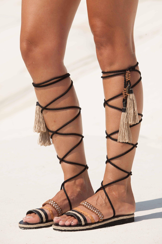 0c11a15e0ab0 Tie up gladiators