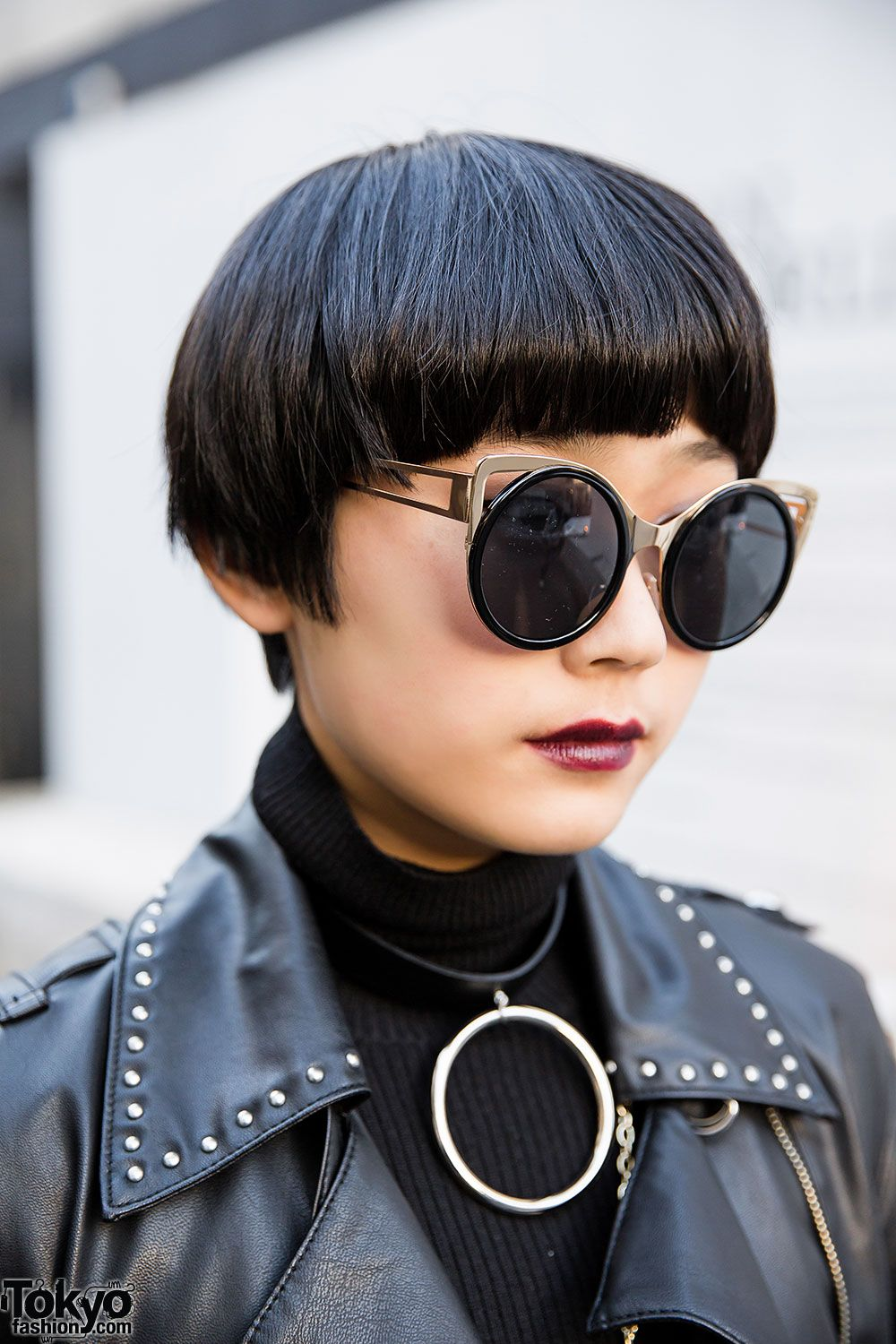 Short Japanese Hairstyle Sunglasses World Street Fashion