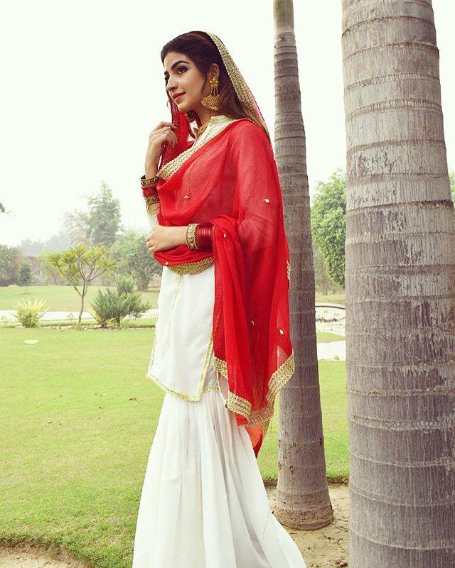 Kinza Hashmi Pakistani model actress