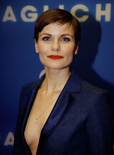Angela Schijf Hair Pinterest Head Shots And Actresses