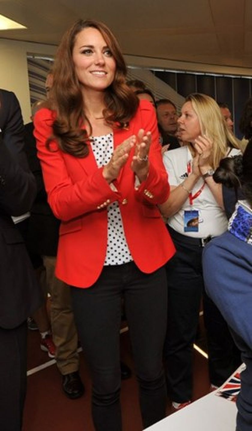 Awesome Kate Middleton Simple Casual Style Outfit Need to Copy ...